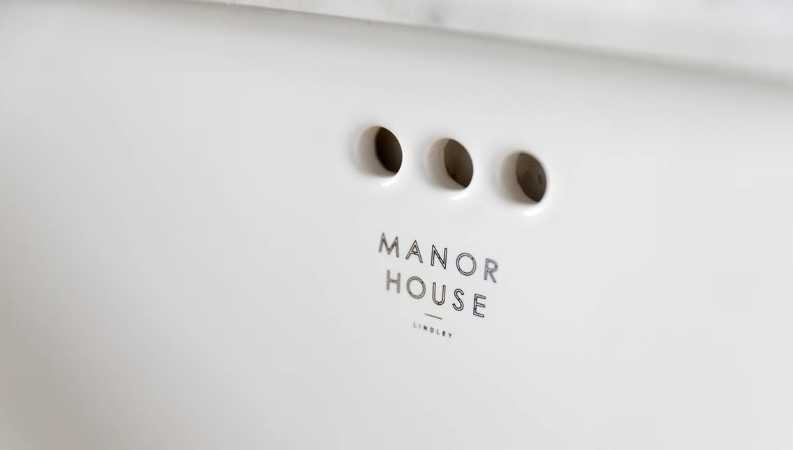 Manor House Int 4